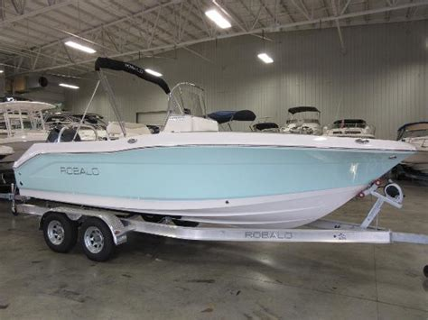 robalo boats manufacturer robalo r200 center console boats for sale boats