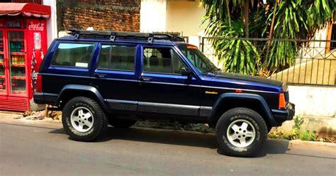 Jeep Xj Mobil Motor Lama