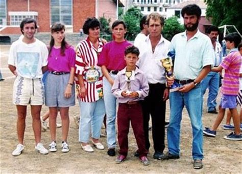 cristiano ronaldo parents biography cristiano ronaldo childhood facts