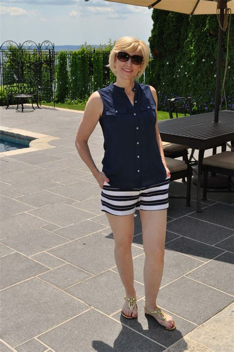 50 yr old ladies with short shorts how to wear shorts after 40