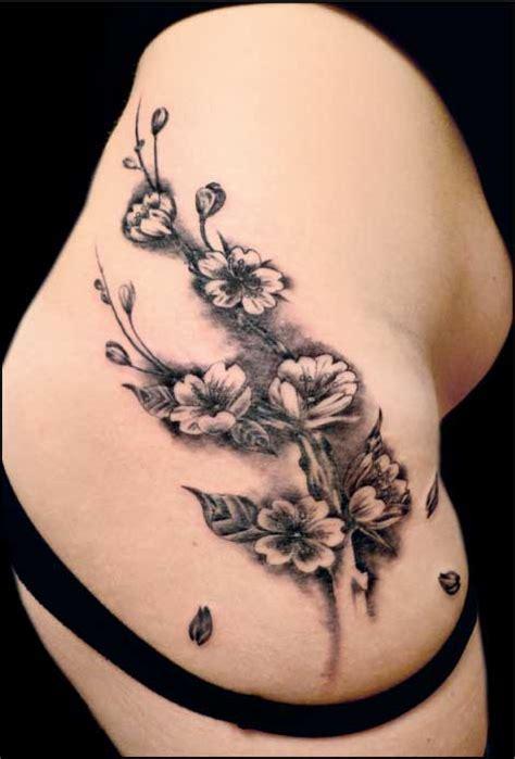 significato tatuaggio fiori di ciliegio cherry blossom ideatattoo