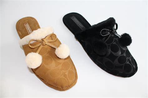 coach slipper shoes s shoes nib coach signature jayda a0621 slippers