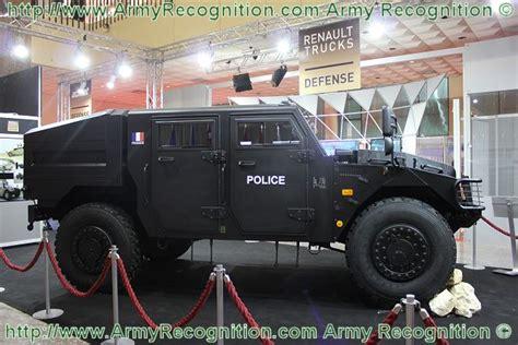renault sherpa military at almex 2011 renault trucks defense presents its range of