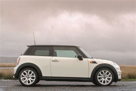 mini cooper 2007 to 2013 how to install lowering springs mini cooper diesel r56 2007 car review honest john
