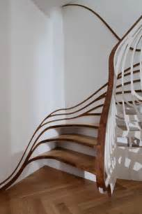 Curved Stairs Design Curved Staircase Digsdigs