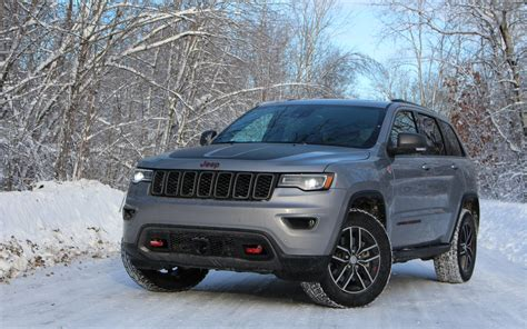 jeep grand cherokee trailhawk grey 2017 jeep grand cherokee trailhawk the adventurous type