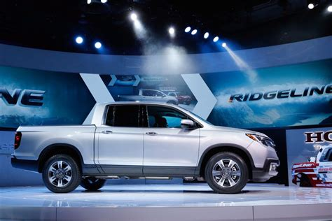 honda truck tailgate honda ridgeline production in alabama fires up just in