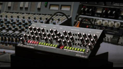 roland boutique se  analog synthesizer designed