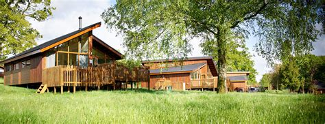Forest Of Dean Lodges With Tubs luxury forest of dean log cabin with tub sleeps 4 6
