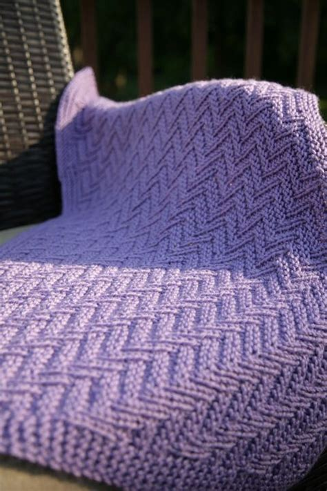 ziggy zaggy reversible baby blanket adult afghan throw 17 best images about knitted baby blankets on pinterest