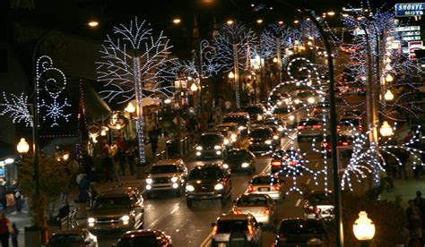 gatlinburg winterfest lights gatlinburg tn attractions