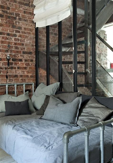 15 Beds Made From Pipe To Give Your Apartment Industrial Industrial Bed