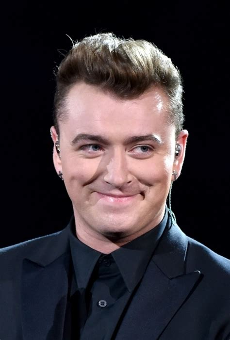 biography sam smith sam smith age weight height measurements celebrity sizes