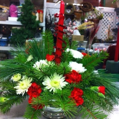 live xmas centerpieces 117 best images about fresh floralarrangements on floral arrangements