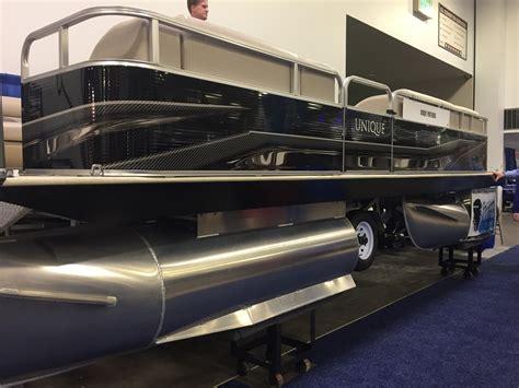 minneapolis boat show 2017 unique pontoons brings expandable retractable pontoon to