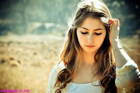 wallpaper girl in love photo collection hd wallpapers girls love