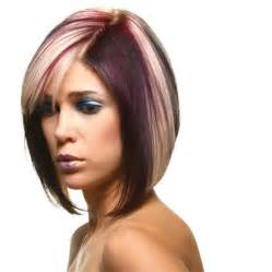 Show trendy trendy and flattering short hairstyles for round faces