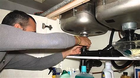 how to fix kitchen sink fixing the kitchen sink drain