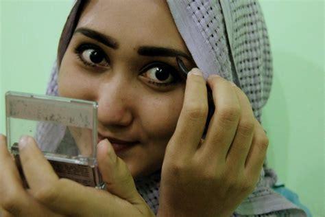 Pensil Alis Bubuk produk wardah favorit dian pelangi lulu el hasbu ghaida tsurayya daily