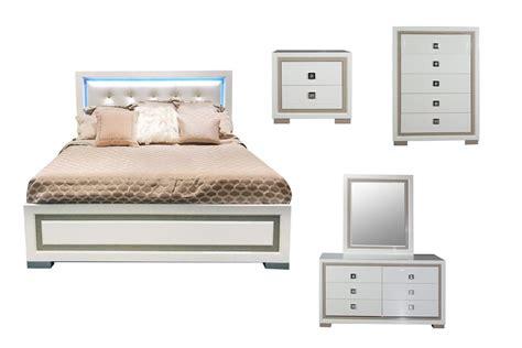 western 5 piece king bedroom set with 32 led tv at gardner white allure 5 piece king bedroom set with 32 quot led tv at gardner