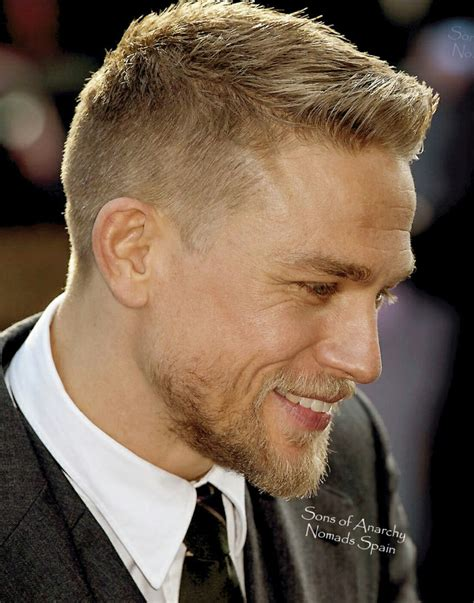 sons of anarchy hairstyles charlie hunnam charlie king arthur wow pinterest