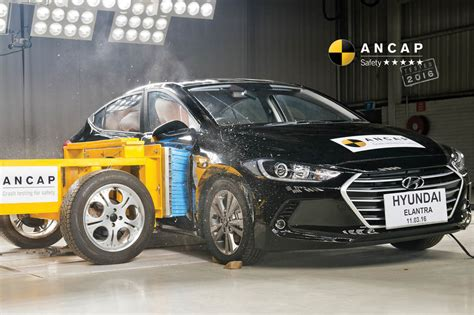 Hyundai Elantra Safety Rating by Hyundai Elantra Feb 2016 Onwards Crash Test Results