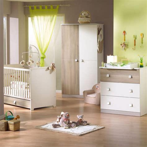 peinture pour chambre enfant idee chambre bebe mixte