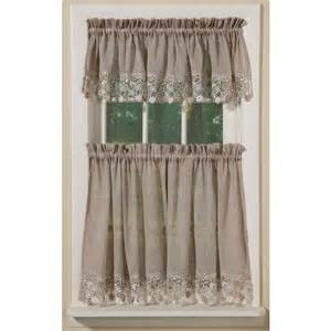 Macrame Lace Curtains Cottage Chic Vineyard Macrame Lace Curtains Sturbridge Yankee Workshop