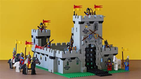 Lego Ct9007538 Two By Two Black Adults castle stands quest for bricks
