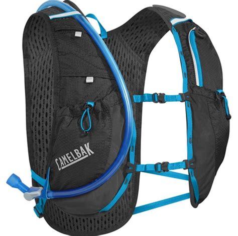 hydration running vest camelbak circuit running hydration vest 1 5l black