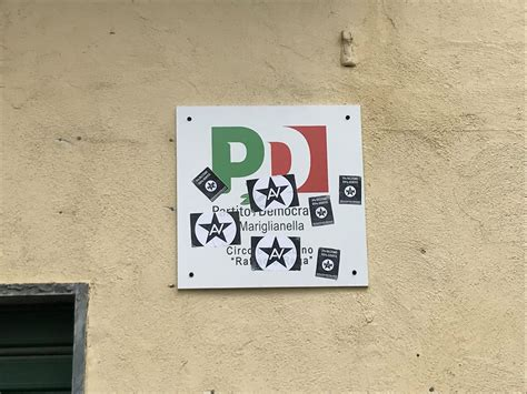 sede partito democratico sede pd vandalizzata a mariglianella il mediano