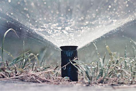 impianto irrigazione giardino prezzi impianto di irrigazione da giardino casa affini