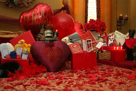 table decor for valentine s furnish burnish