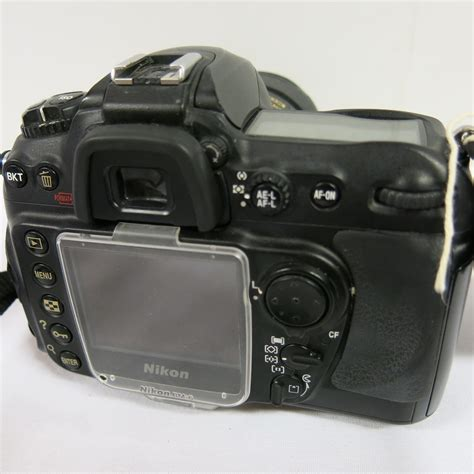 nikon d200 digital with nikon af s nikkor 16 85mm lens comes with 1 x battery no charge