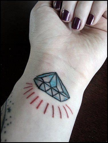 tatuaggi fiori sul polso tatuaggi sul polso 145 disegni inediti