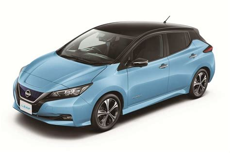 light blue nissan the all new zero emission 2018 nissan leaf revealed autobics