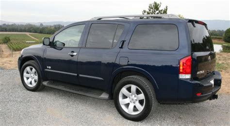 nissan armada offroad pictures. photo 6.