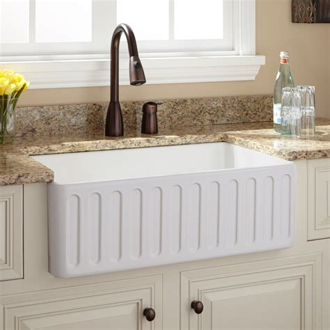 30 white farmhouse sink 30 quot northing fireclay farmhouse sink with fluted apron