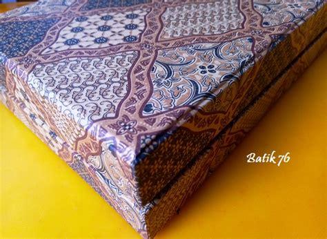 Giftbox Kado Ulang Tahun Kado Anniversary Kado 1 1 jual gifbox kotak kado kotak hadiah motif batik sidoluhur