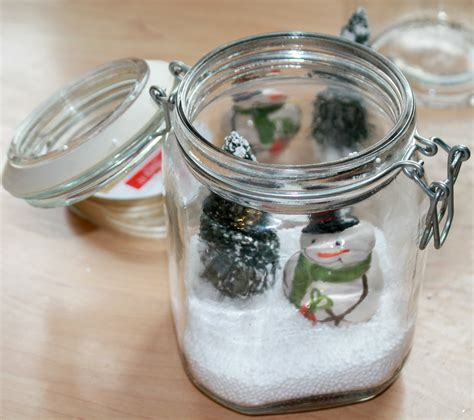simple table decorations to make how to make easy snowman table centerpieces