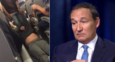 United Doctor Criminal Record United Airlines Compensates All Passengers From Videoed Flight