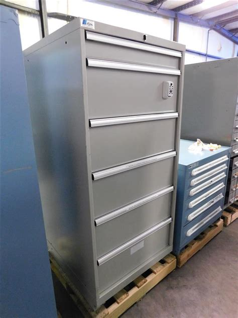 Lista Cabinets Used by Lista Cabinets 6 Drawer 286530 For Sale Used