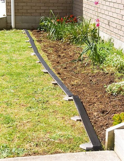 Landscape Edging Borders Diy Diy Pallet Bed Edging More Pallet Patio Gardening Diy