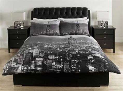 catherine lansfield city scape travel themed bedroom black grey new york city scape double duvet cover