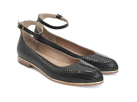 fluevog shoes fluevog shoes shop jen black snake