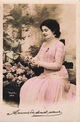 vintage clip art lady  pink  graphics fairy