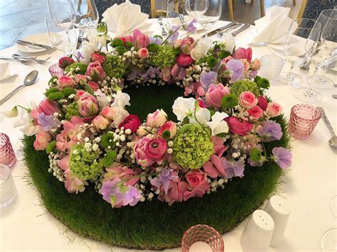 tischdeko hochzeit rosa weiß tischdeko hortensien hochzeit goldene mit deko fr