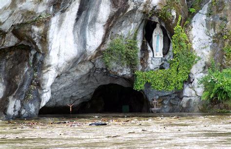 web grotta di lourdes wallfahrtsort lourdes grotte wegen hochwassers nicht zu