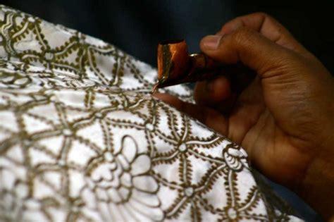 Hem Batik Tulis Pekalongan 5 finest batik from pekalongan
