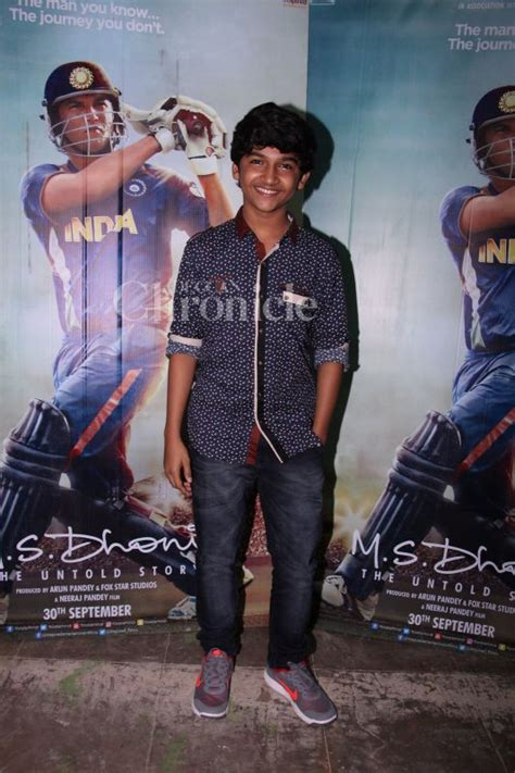 ms dhoni biography movie cast sans sushant his on screen ms dhoni family steps out in style